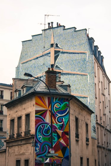 graffiti houses